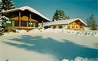 Ferienbungalows im Winter
